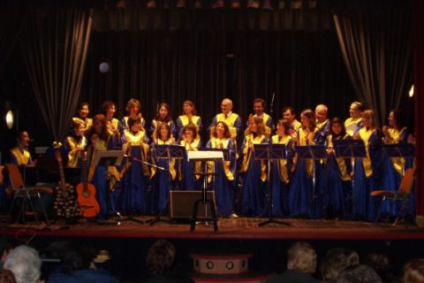 CGS Saint Basil's canta a Cesano Boscone